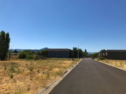 7858 Phaedra Ln, White City, OR 97503, #102996060